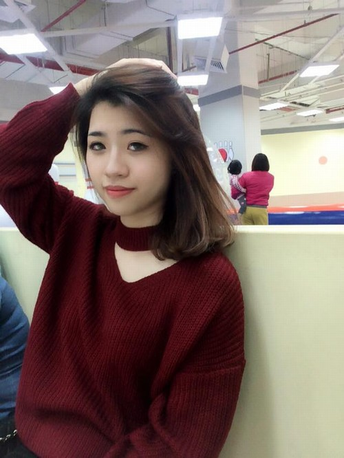 Phun môi tại Thu Cúc là bí quyết làm đẹp của nhiều hotgirl Việt.