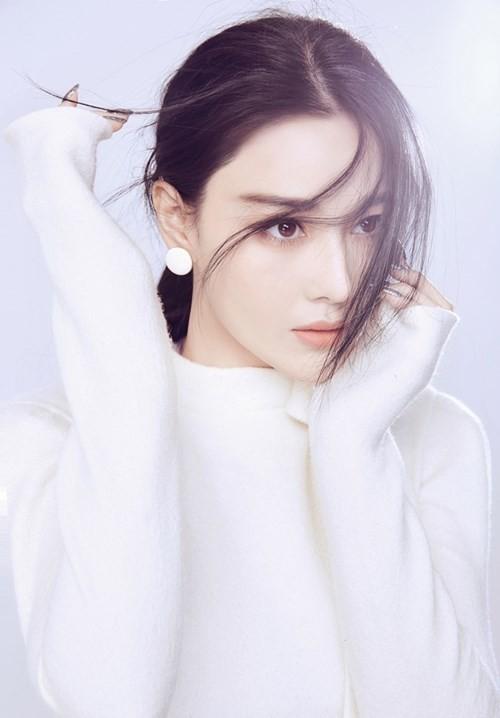 Xăm môi là bí quyết tân trang nhan sắc của nhiều mỹ nữ xứ Hàn.