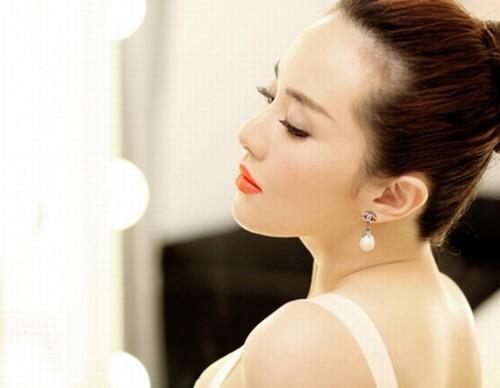 Xăm môi thẩm mỹ là bí quyết đẹp hoàn mỹ của các quý cô thời thượng.