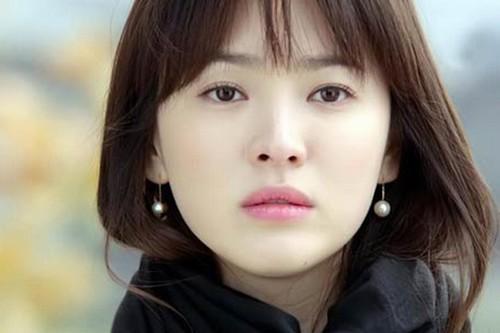 Phun mí mở tròng được nhiều sao Hàn yêu thích.