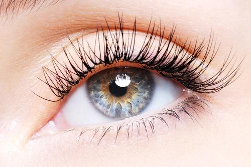 Nối mi giúp bạn nhanh chóng có đôi mắt đẹp và thu hút.