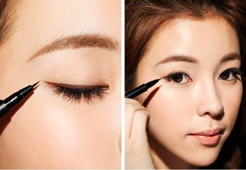 Kẻ vẽ mí mắt là thao tác trang điểm khó mà không phải ai cũng đủ khéo léo để thực hiện.
