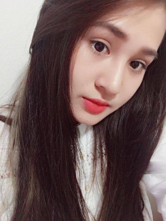 Đối với Quỳnh Anh, cú vấp ngã của tình yêu là động lực để cô ngày càng hoàn thiện nhan sắc và bản thân. Sau phẫu thuật thẩm mỹ, cô nàng lên đường du học, mở ra nhiều cơ hội mới trong cuộc sống.
