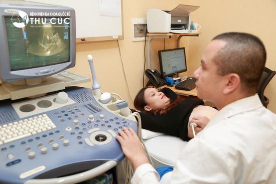 Tại Bệnh viện Thu Cúc – địa chỉ giảm béo mà cô bạn 9X lựa chọn, Thủy đã được kiểm tra sức khỏe và thực hiện các xét nghiệm cần thiết theo đúng quy chuẩn an toàn của Bộ Y tế để đảm bảo đủ mọi điều kiện an toàn để thực hiện phẫu thuật.