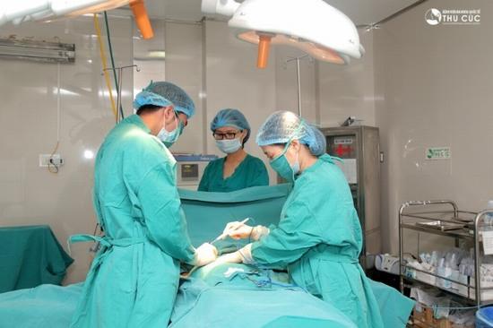 Với hơn 20 năm kinh nghiệm trong lĩnh vực chăm sóc sức khỏe và làm đẹp, bệnh viện Thu Cúc không chỉ cập nhật những công nghệ thẩm mỹ tiên tiến mà còn giúp phái đẹp lựa chọn dịch vụ thẩm mỹ phù hợp.