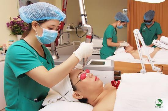 Theo đó, các dịch vụ chăm sóc cơ bản – tăng cường – chuyên sâu và điều trị thẩm mỹ công nghệ cao được TẶNG ĐẾN 70%.