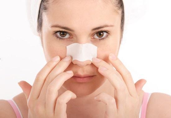Nhiễm trùng là một trong những biến chứng có thể gặp phải sau nâng mũi