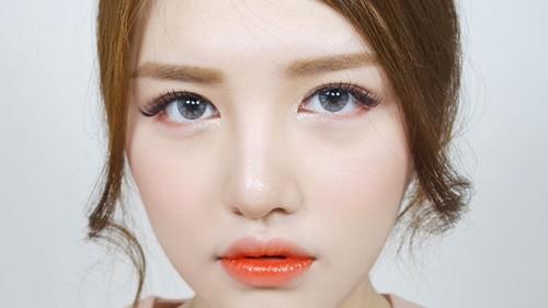 Lựa chọn một phương pháp xăm môi phù hợp sẽ giúp đôi môi của bạn đẹp rạng sang đồng thời khắc phục được nhược điểm vốn có của môi.